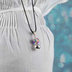 Perles multicolore, spirale de couleurs gaies. Bijou bola de grossesse