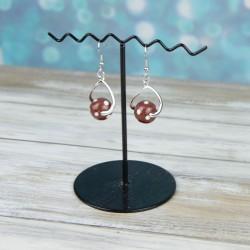 boucles d'oreilles, monture torsadée, perles à pois