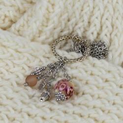 Détail de pendants du collier, collection Romance